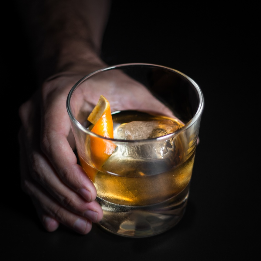 Old Fashioned from @welcometomybar